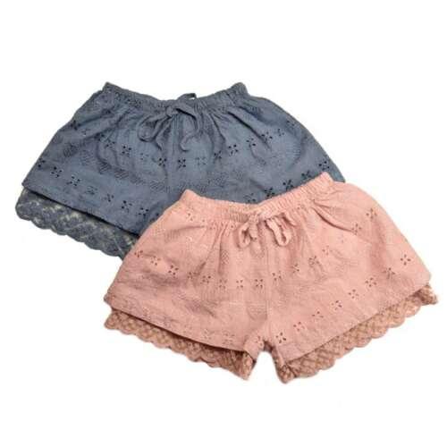 Tüdruku lühikesed püksid pitsiga