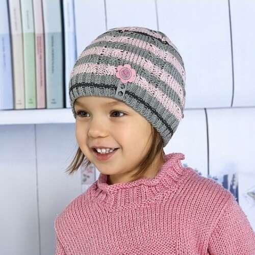 kootud müts tüdrukule